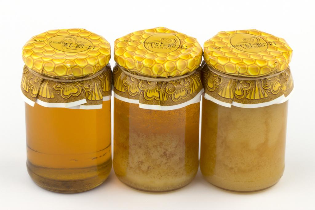 結晶化している蜂蜜